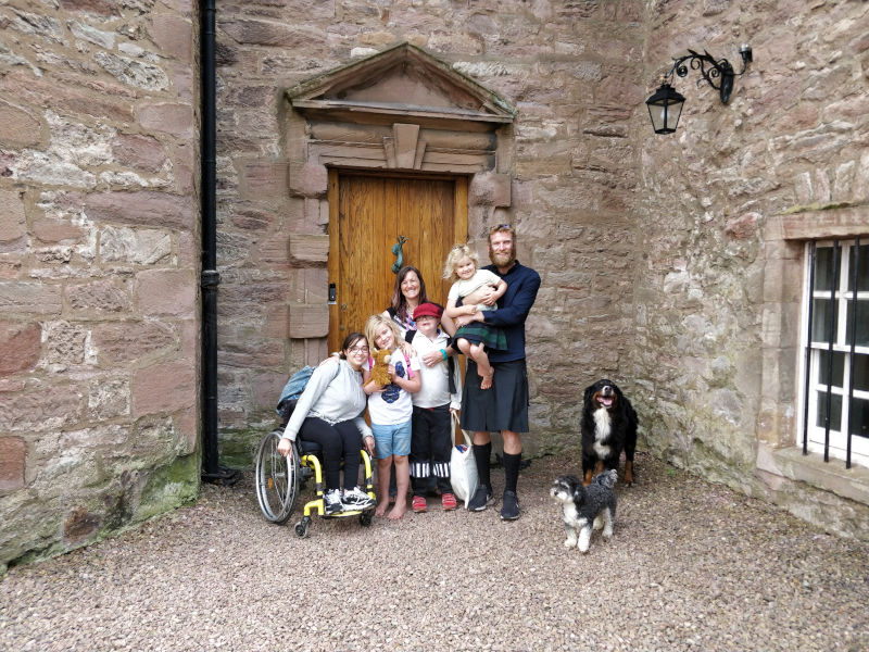 The whole family in front of Monkton House